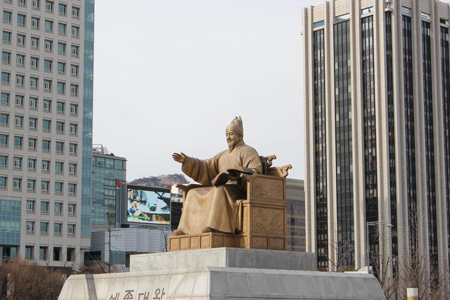 【一日游】光华门+清溪川+广藏市场+东大门