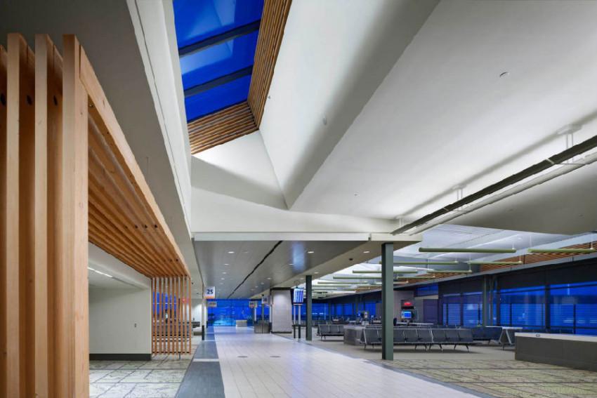 【接送机】渥太华国际机场单程接机/送机