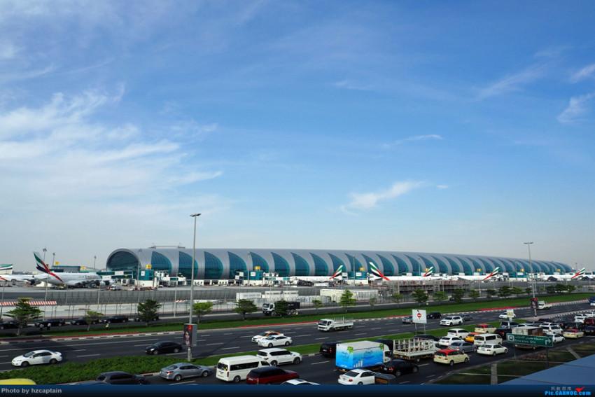 【接送机】迪拜国际机场单程接机/送机