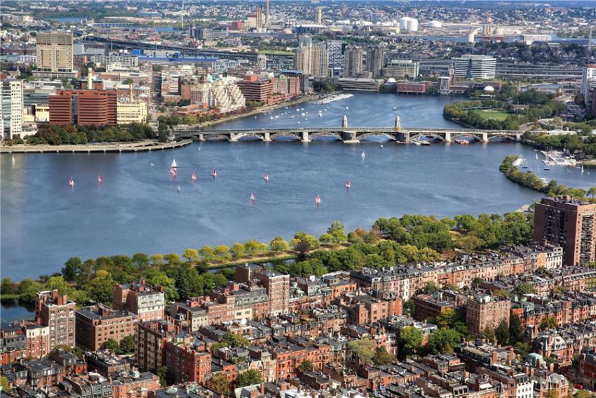 【波士顿精品路线1日游-人气推荐】哈佛大学+麻省理工学院+波士顿公园+昆西市场