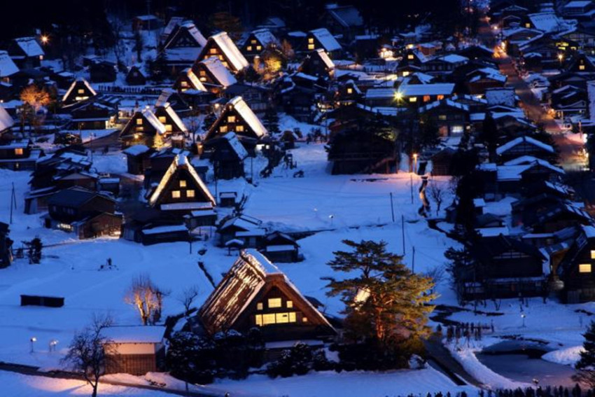 冬季特色古建筑温泉之旅:飞弹高山+世界遗产白川乡合掌村