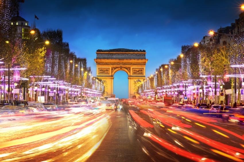 【司导推荐路线】巴黎梦幻夜游:埃菲尔铁塔+亚利山大三世桥+香榭丽舍大街+凯旋门+巴黎圣母院
