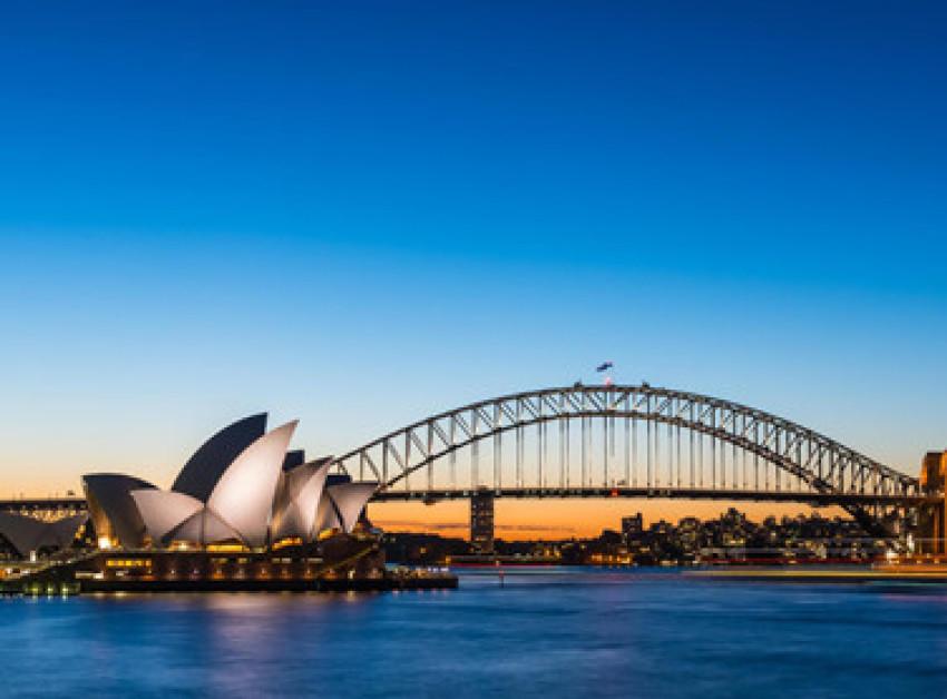 【畅游包车】悉尼市区专车司导服务