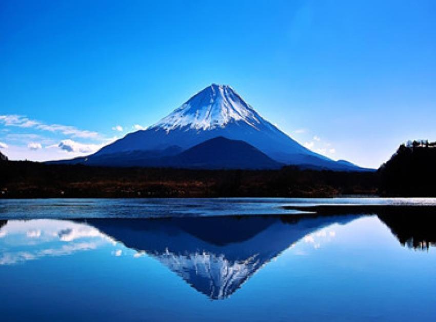 冬季富士山温泉之旅—泡汤赏雪:忍野八海+富士山河口湖+山中湖温泉