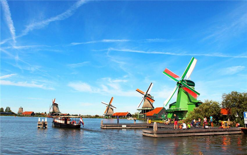 【畅游包车】阿姆斯特丹周边300公里专车司导服务