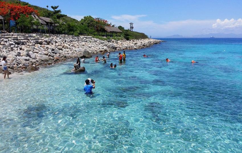 【芽庄四岛游】庙岛水族馆+黑岛+圆石滩+蚕岛